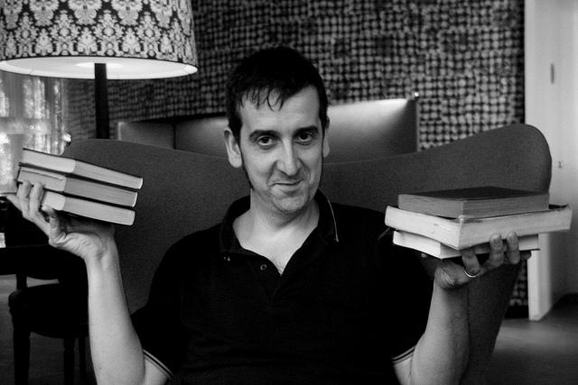"""Javier Calvo: """"Pensar en Saramago me provoca desórdenes intestinales"""""""