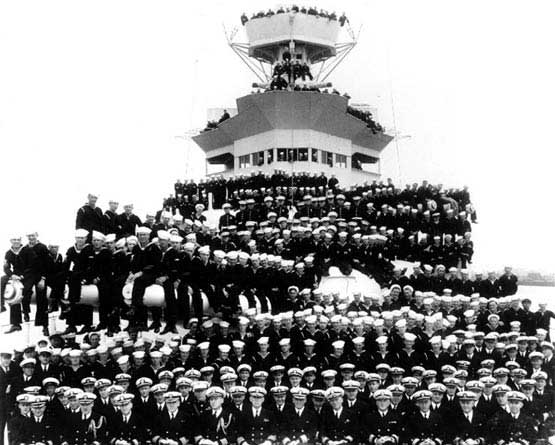 USS INDIANAPOLIS OFFICERS AND CREW