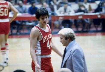 Hawks entrenador