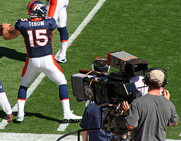 766px-Tim_Tebow_Broncos_rear_view