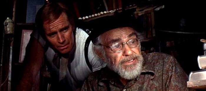 Charlton Heston y EG Robinson
