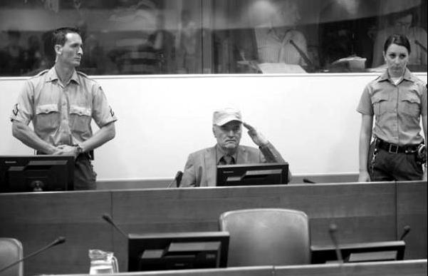 La cancamusa serbia y el periodismo piltrafa