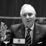 Rubén Díaz Caviedes: Divino Dívar
