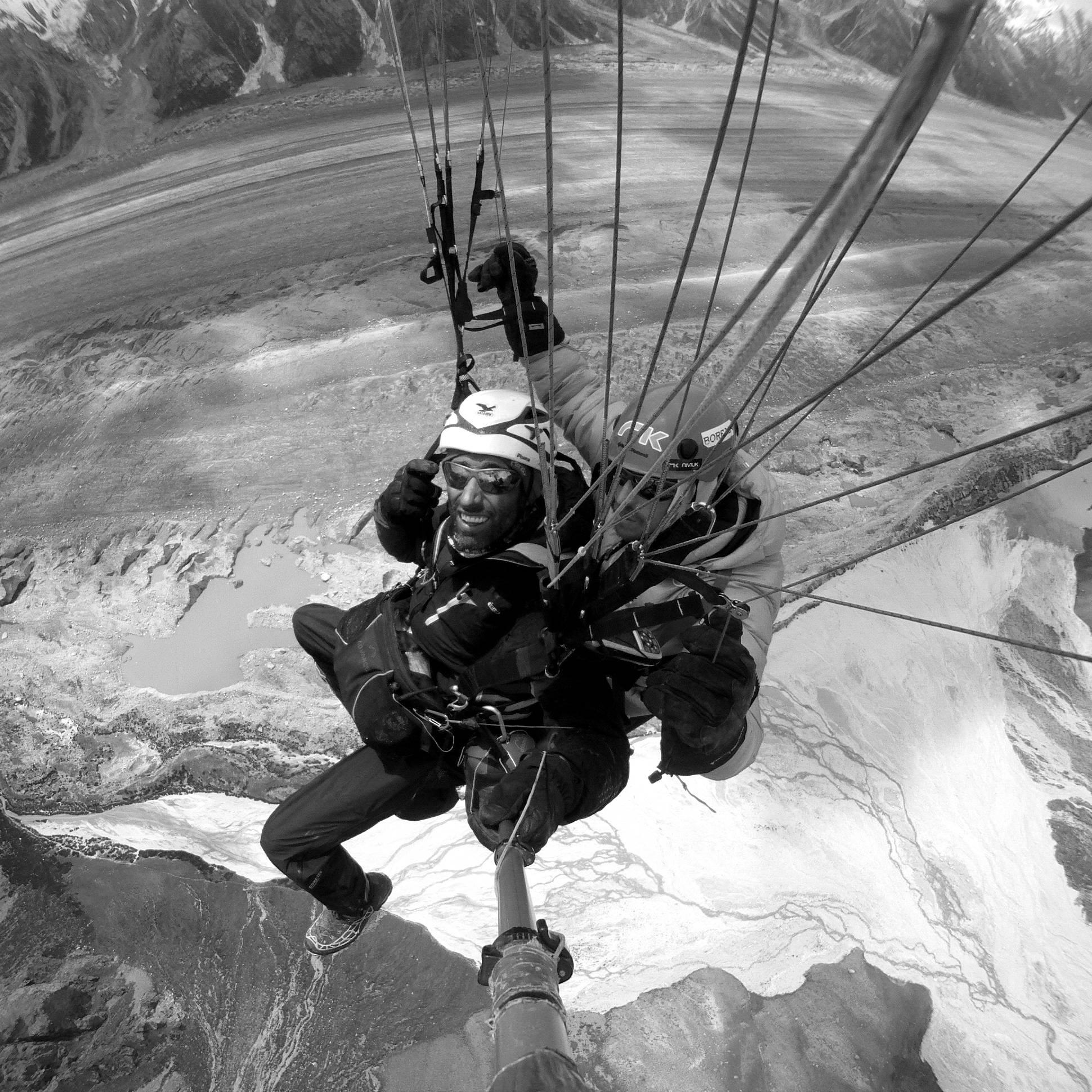 """Simón Elías: 35º 51′ 13,5"""" N 75º 47′ 13,9""""E Altitud: 4.613mts. Karakorum, Pakistán"""