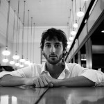 Esteban Granero: «Los jóvenes prefieren Twitter o la Play, yo soy más de leer un libro»