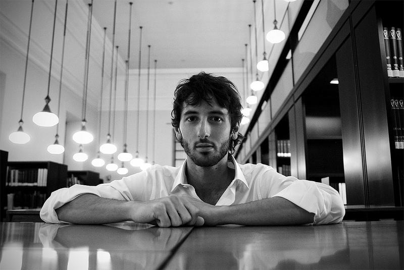 """Esteban Granero: """"Los jóvenes prefieren Twitter o la Play, yo soy más de leer un libro"""""""
