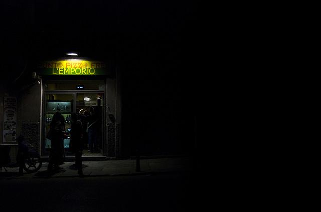 Tienda de productos Pizzo Free una luz en la oscuridad