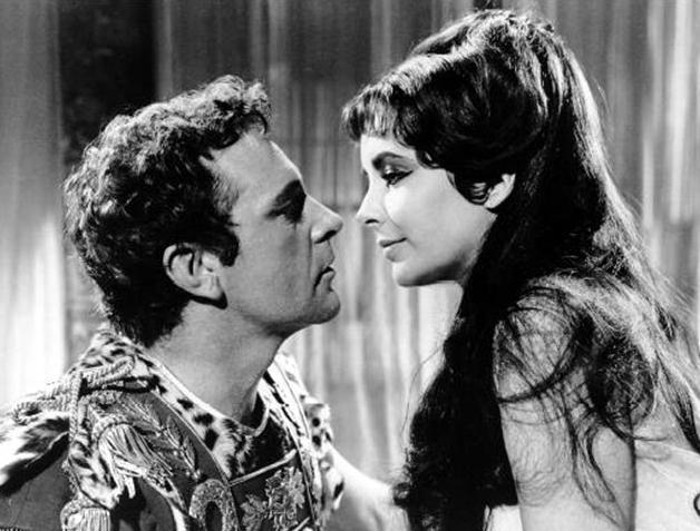 Amores cinéfagos: Elizabeth y Richard, monstruos pecadores