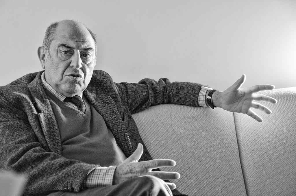 José Antonio Marina: «Es conveniente enseñar filosofía en las escuelas»