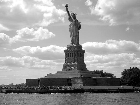 Se vende Estatua de la Libertad: en buen estado, precio de amigo