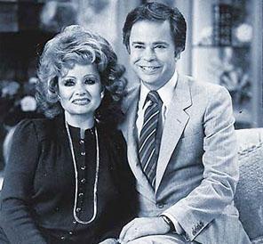 Jim Bakker y su esposa llevaban una vida de lujos financiada con estafas a sus feligreses.