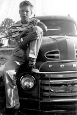 """Jimmy Lee Swaggart en sus tiempos de adolescente rebelde aficionado a la """"música de negros""""."""