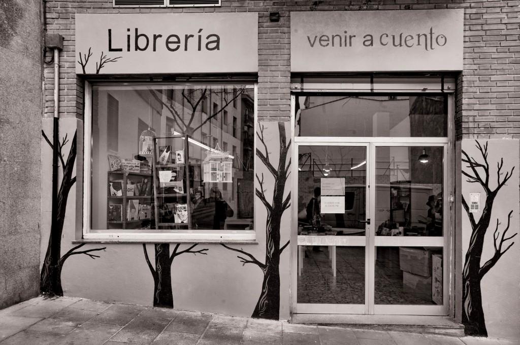 LIBRERIA-EMBAJADORES-7346