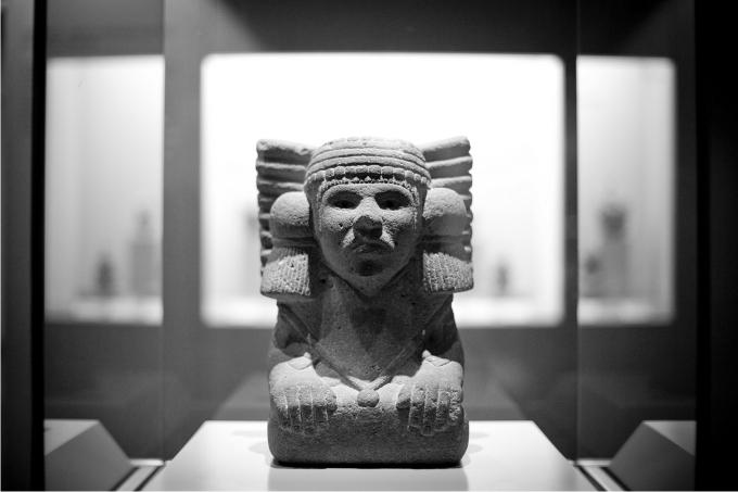 El Imperio español y las culturas precolombinas