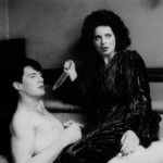 Beta Valenzuela: (B) Blue velvet, de David Lynch