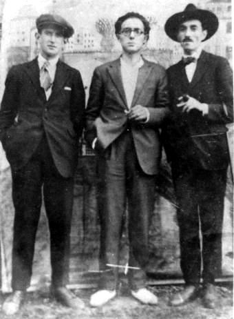 Manuel Antonio y dos amigos