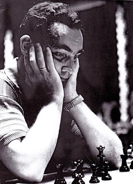 En 1972 Taimanov seguía siendo un paria en la URSS a causa de su derrota frente a Fischer. Spassky corría el riesgo de seguir la misma estela.