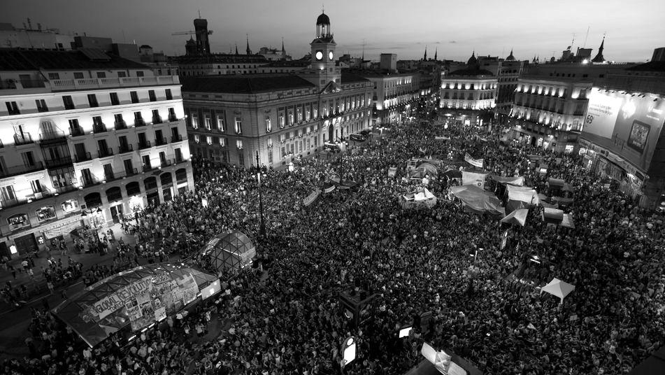 Acampada del 15M en Puerta del Sol.