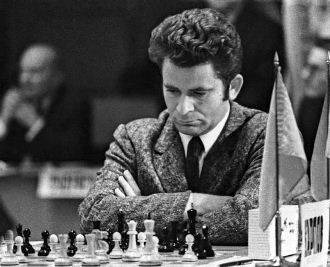 Spassky era consciente de que contra Fischer se jugaba mucho más que un título.
