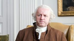 George Washington, inexpresivo cual polvorón navideño.