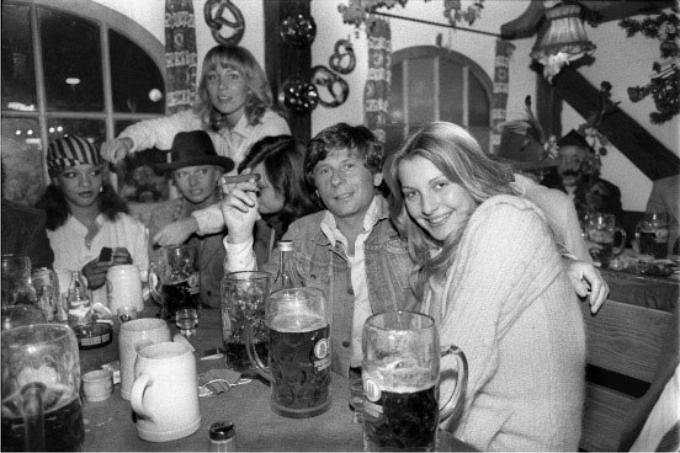 La foto en la Oktoberfest que complicó la situación de Polanski.