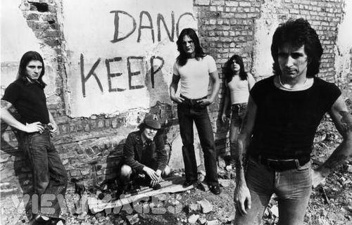 La historia de AC/DC en sesenta canciones (I): la era Bon Scott