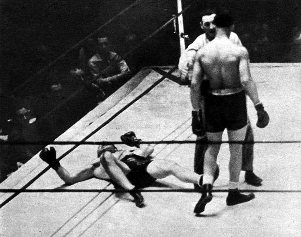 Elcombate de boxeo entre un púgil franquista y otro republicano que nunca se celebró