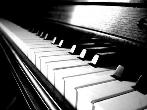 Cromopianos, órganos de color y cromatófonos: así fracasó la música para los ojos