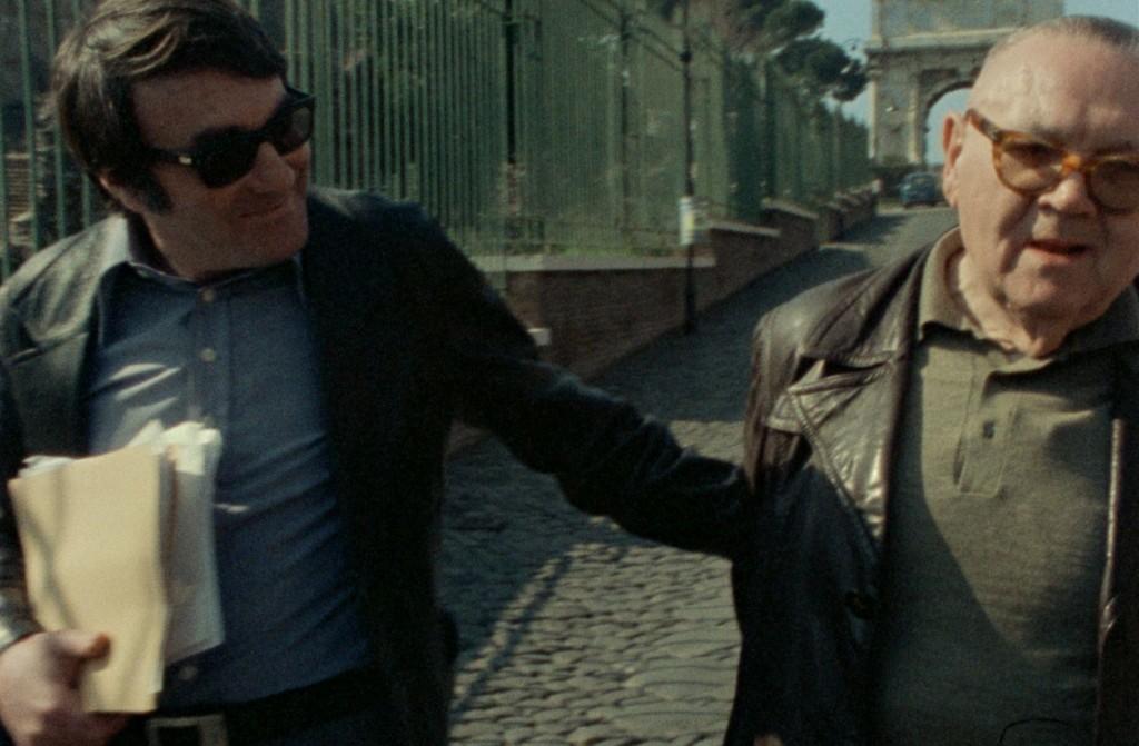 Claude Lanzmann (izquierda) y Benjamin Murmelstein (derecha) pasean por Roma en 1975 durante una secuencia de El último de los injustos. (Fotografía: Avalon)