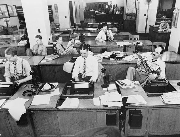 Redacción del New York Times en 1942 (CC)