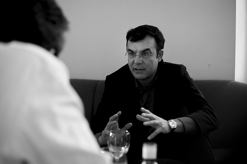 Iñigo Sáenz de Ugarte: «Hay veinte versiones diferentes de la verdad sobre la guerra de Siria»