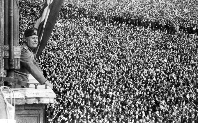 Benito Mussolini (DP)