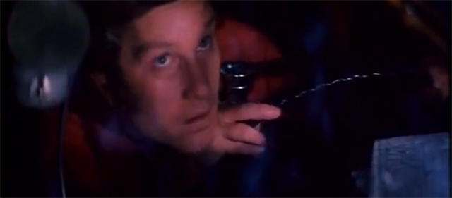 Richard Dreyfuss, por entonces actor fetiche de Spielberg, estaba anodadado por las cosas que venían del cielo. Los espectadores, también.