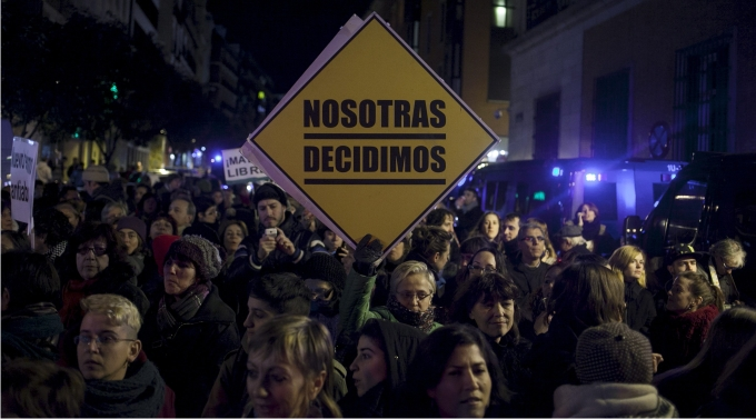 Manifestación en Madrid el 20 de diciembre de 2013 contra la nueva ley del aborto. Foto: Gabriel Pecot / laif / Cordon Press.