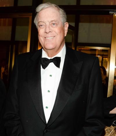 David Koch, uno de los hombres que manejan los hilos en los EE. UU., durante una gala en el teatro neoyorquino que gracias a una donación lleva su nombre. (Foto: BFA/SIPAUSA/SIPA / Cordon Press)