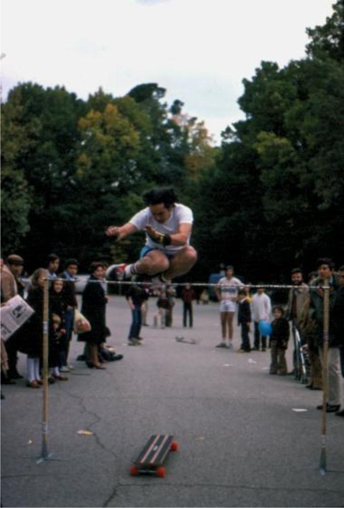 Salto de altura en el Campeonato de España (El Retiro, Madrid 1979) .