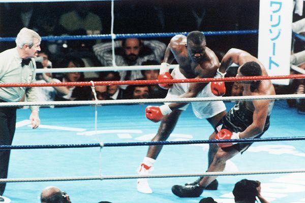 James Douglas contra Mike Tyson. Foto: Cordon Press.