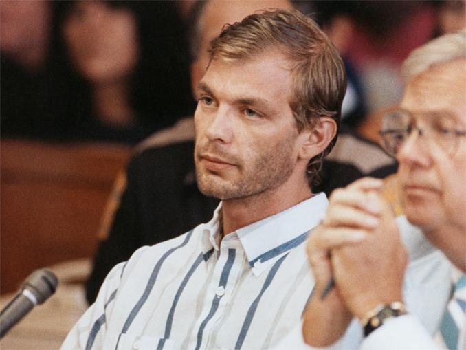 Jeffrery Dahmer durante su primera comparecencia ante el tribunal. Fotografía: Condon Press