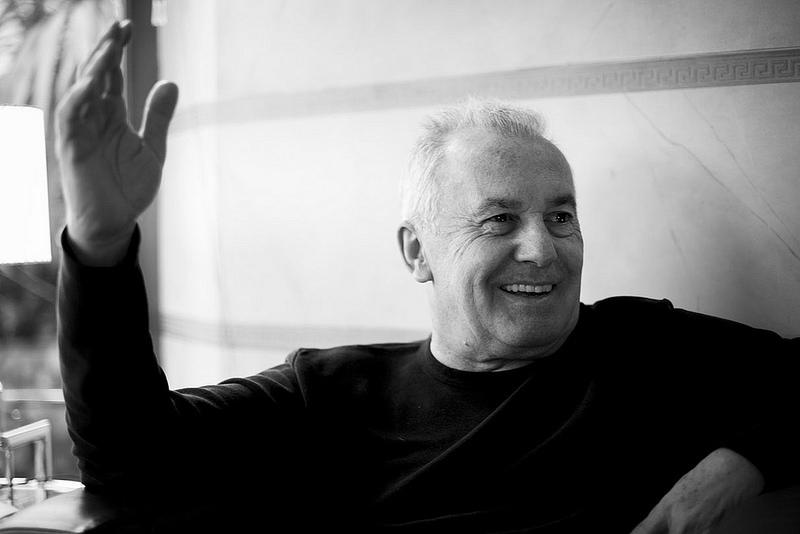 Víctor Manuel: «Hay gente que piensa que todo lo que es cultura tiene que ser gratis, y el enemigo es el que quiere cobrar»
