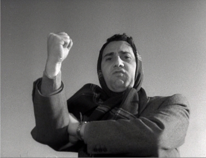 Alberto Sordi en Los inútiles (1953), de Federico Fellini. Imagen: Cité Films, Peg-Films.