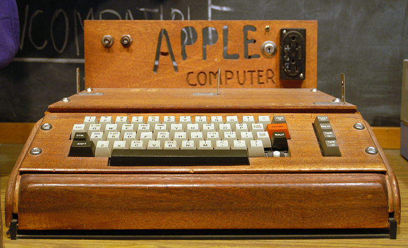 Apple I expuesto en el Smithsonian Institution. Foto Ed Uthman (CC)