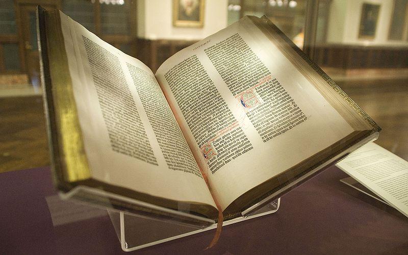 La Biblia de Gutenberg. Biblioteca pública de Nueva York . Foto: Kevin Eng (CC)