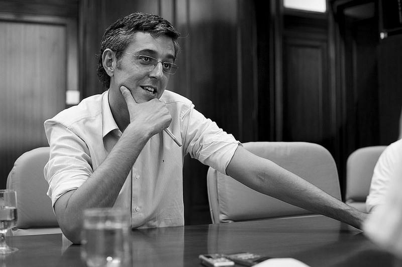 Eduardo Madina: «El PSOE necesita reconfigurar conceptos ideológicos que tiene un poco oxidados»