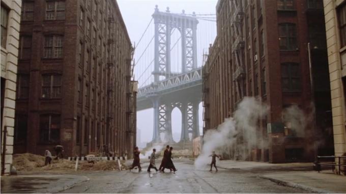 Escena de Érase una vez en América. Imagen: Warner Bros.