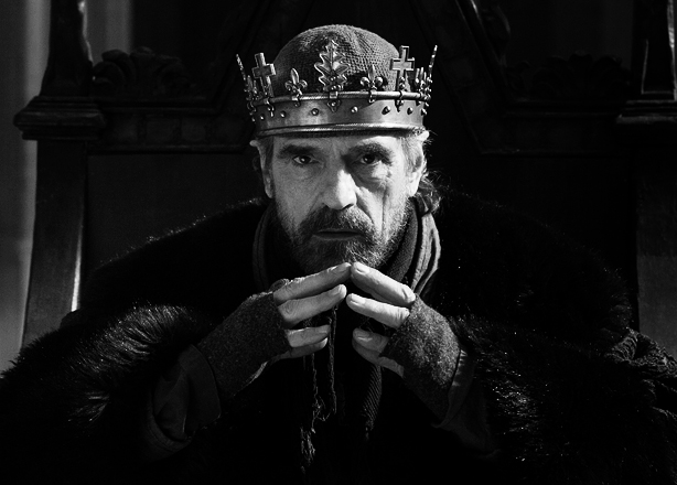 Jeremy Irons como Enrique IV en The Hollow Crown (BBC)