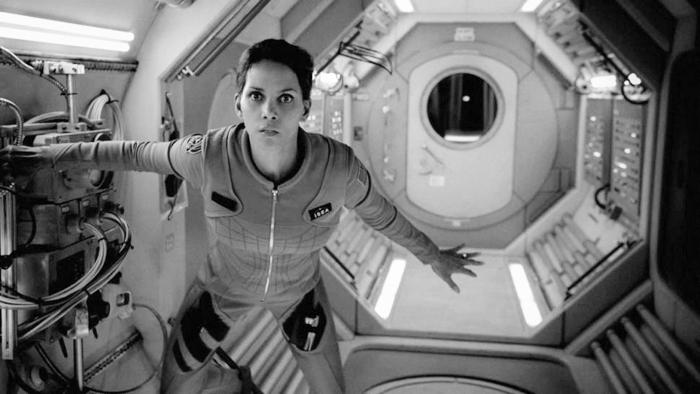 Extant, la Halle Berry que vino del espacio
