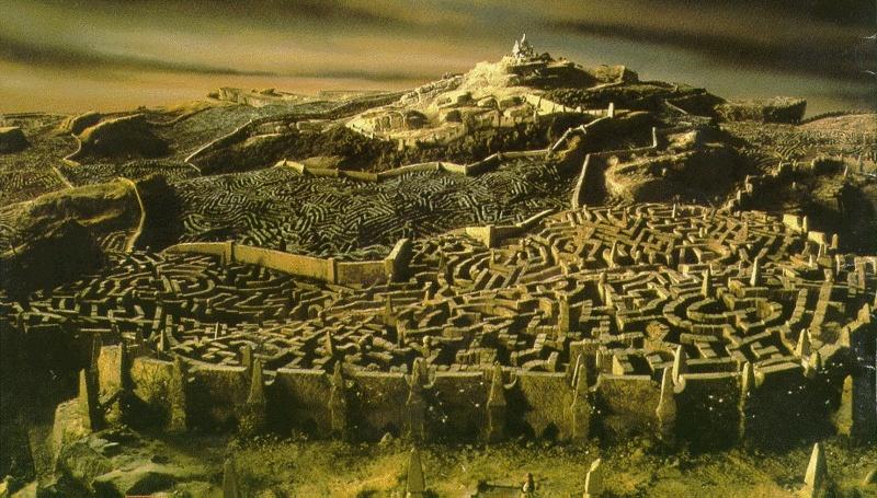 Escena de Dentro del laberinto. Imagen: The Jim Henson Company / Lucasfilm / TriStar Pictures.