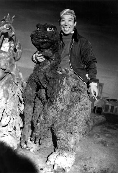 Haruo Nakajima como Godzilla. Imagen: Japanese Film Archive.