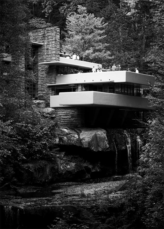Fallingwater, una casa diseñada por Frank Lloyd Wright en 1935. Fotografía: Sxenko (CC).