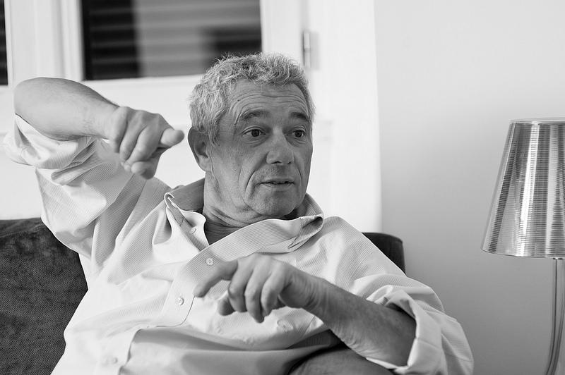 Attilio Bolzoni: «La guerra de mafia fue un exterminio étnico, mil setecientos muertos a cero»
